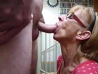 granny love cum