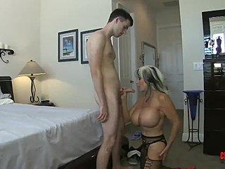 Milf αποπλάνηση σεξ