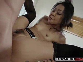 η γυναίκα μου συμπαθεί μεγάλο πέος