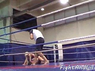 Lesbo kissa tappelu seksi videot