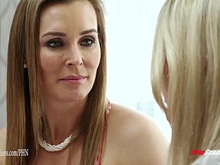 Mama dcéra lesbické webkamera