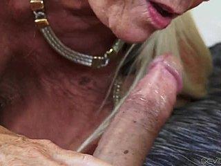 Hardcore porno z potworami pobierz za darmo hentai porno