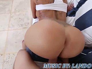 Kim Kardashian lesbické sex