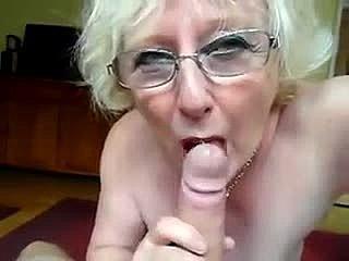 grootmoeder blowjobs