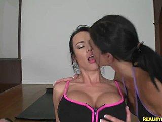 Høy asiatisk BBW porno