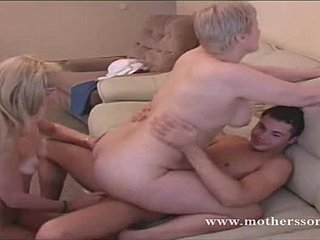 asiatisk sex i hd